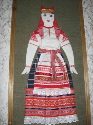Реконструкция народного костюма: тканевая аппликация (Лебедянский Дом ремесел)