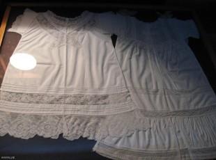 Детские крестильные рубашки (Лебедянский краеведческий музей)