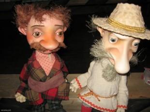 Куклы в музее воронежского театра кукол