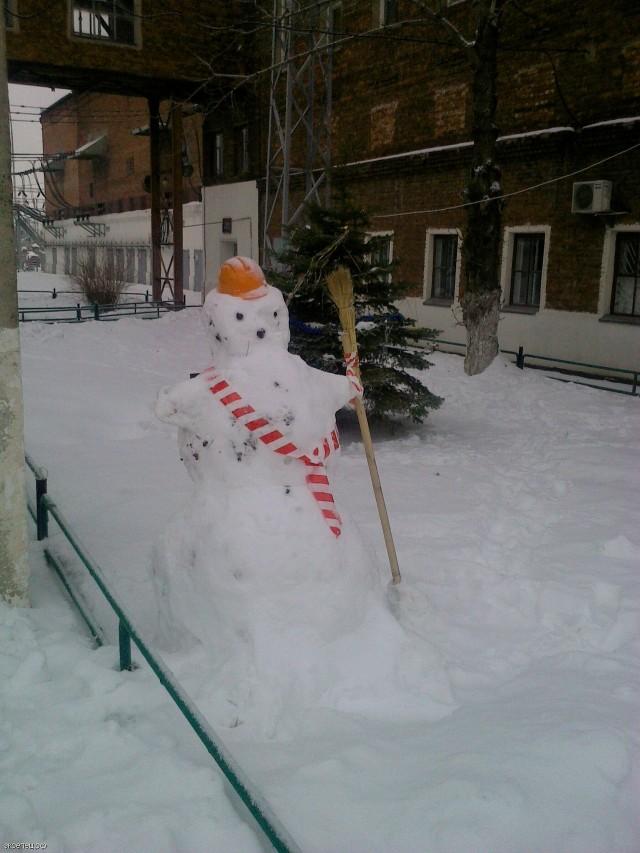 Снеговик - энергетик
