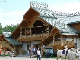 Деревня Мандроги