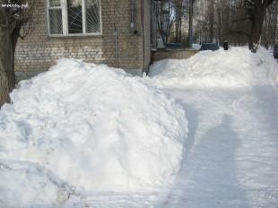 ee-anomalnyj-snegopad-03-2013-10