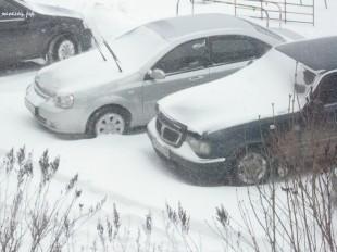 ee-anomalnyj-snegopad-03-2013-2