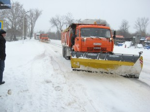 ee-anomalnyj-snegopad-03-2013-5