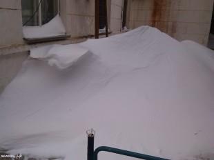 ee-anomalnyj-snegopad-03-2013-9