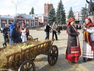 ee-antonovskie-yabloki-2013-14