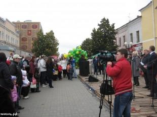 ee-antonovskie-yabloki-2013-29