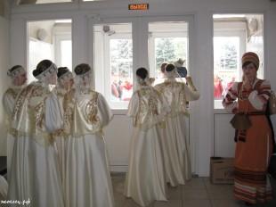 ee-antonovskie-yabloki-2013-30