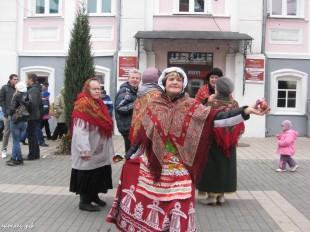 ee-antonovskie-yabloki-2013-41
