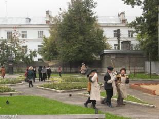 ee-antonovskie-yabloki-2013-42