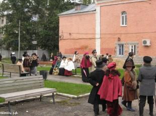 ee-antonovskie-yabloki-2013-46