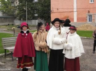 ee-antonovskie-yabloki-2013-48