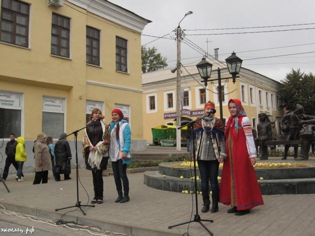 ee-antonovskie-yabloki-2013-65