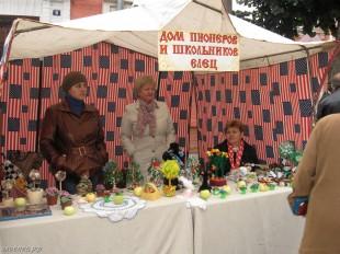 ee-antonovskie-yabloki-2014-26