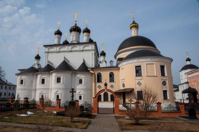 ee-voznesenskaya-davidiva-pustyn-6