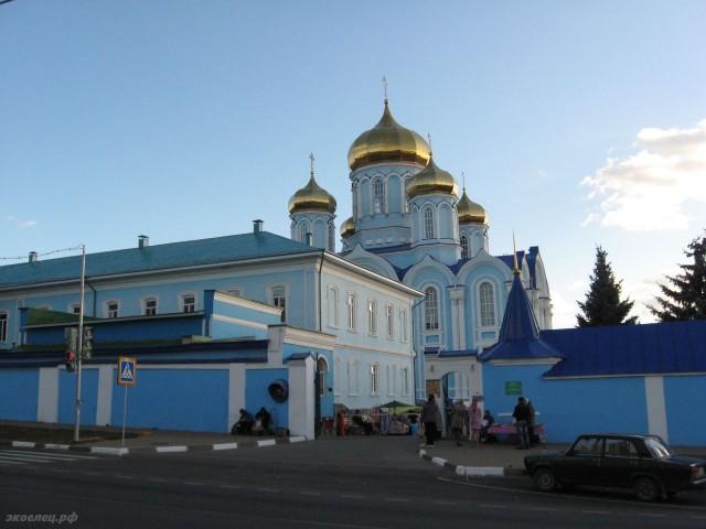 ee-zadonsk-muzej-002