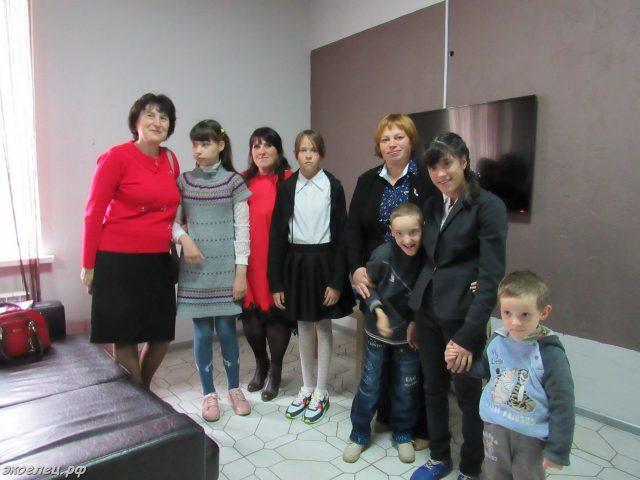 ee-podari-ulybku-09